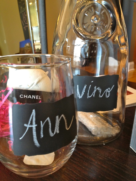ann-written-notes-chalkboard-glasses