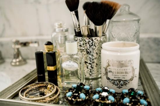 ann-ueno-bathroom-vanity